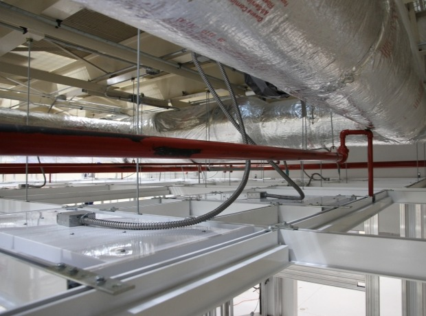 Ceiling systems esc cleanroom critical environment