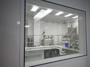 ALUMA1 Flush Cleanroom Window