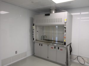 Fume Hood with TEK-AIR VAV Controls